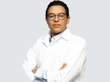 Dr Mabrouki chirurgiens avec une expérience internationale
