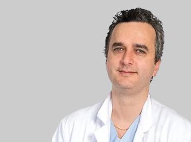 Dr Moez Kallel chirurgiens avec une expérience internationale